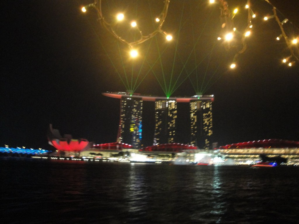 шоу Wonder Full, Marina Bay Sands,