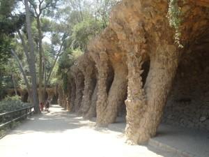 Парк Гуэля прогулочные аллеи