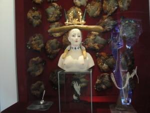 Экспонаты музея Дали в Фигерасе