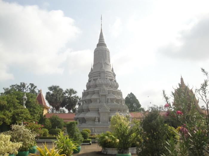 Серебряная пагода в Королевском дворце Пномпеня