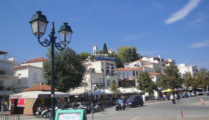 Столица острова Скиатос