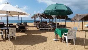 Кафе на пляже Унаватуны