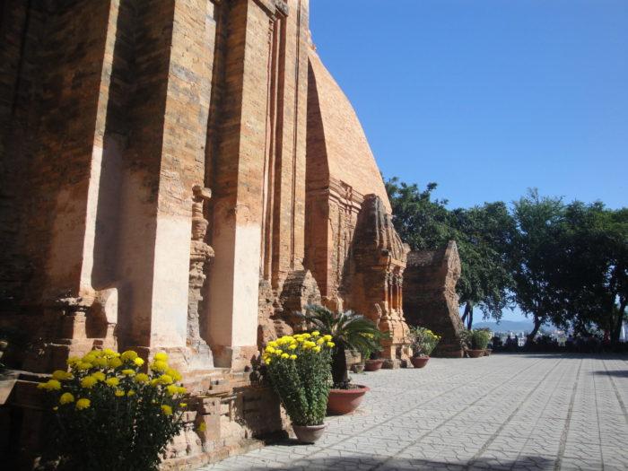 Тянские Башни Понагар
