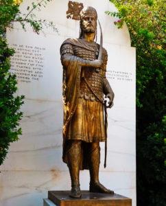 Памятник в Афинах