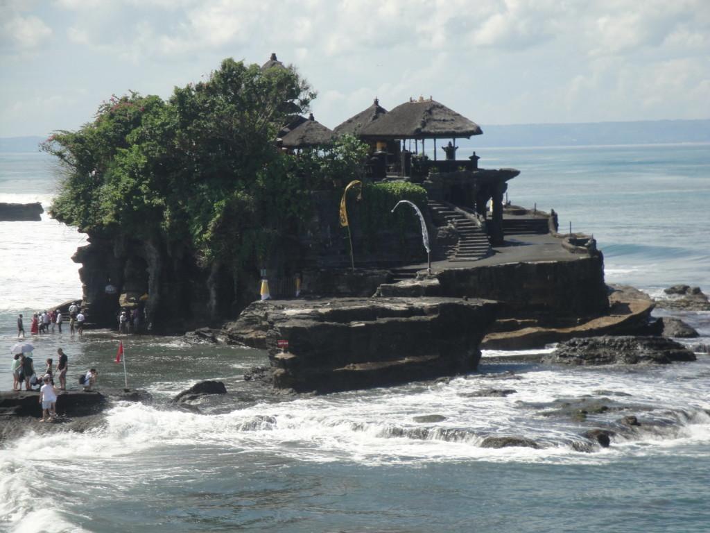 Храм Танах Лот на Бали