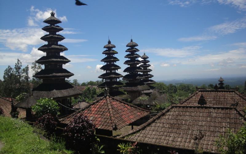Храмы Бесаких Бали