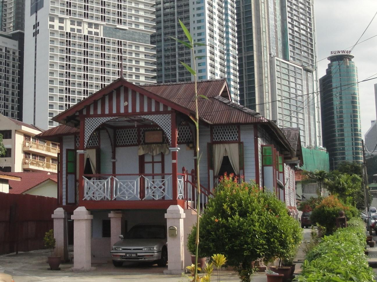 Малайская деревня в Куала Лумпуре — Кампонг Бару