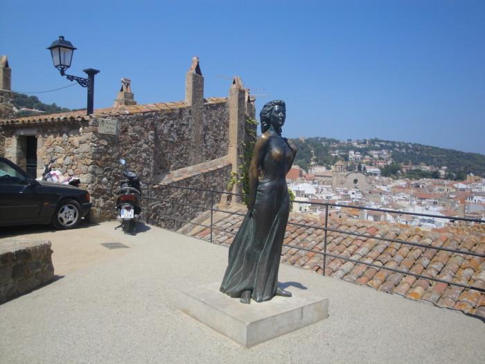 Тосса де Мар статуя Авы Гарднер
