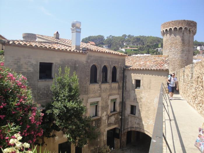 Крепость Тосса де Мар