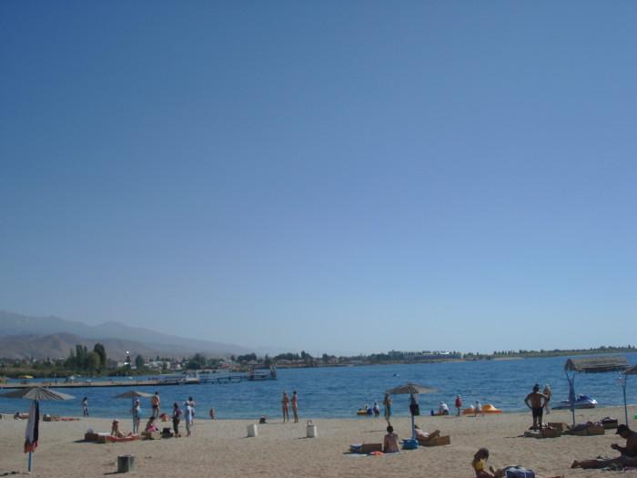 Иссык-Кульский пляж