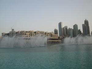 Поющие фонтаны в Дубай