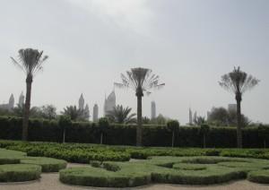 Рядом с дворцом шейха Дубай Мухаммеда ибн Рашид аль Мактум