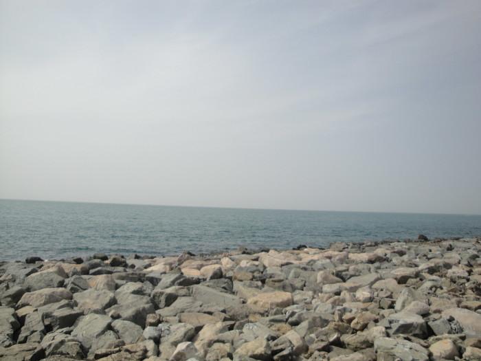 Пальма Джумейра. Море рядом с отелем Атлантик.