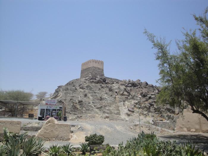 Сторожевая португальская башня в ОАЭ
