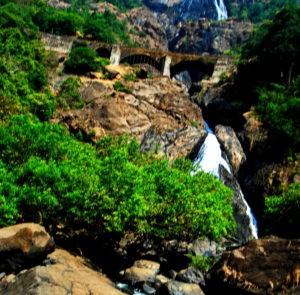 Водопад на Южном Гоа Дудхсагар
