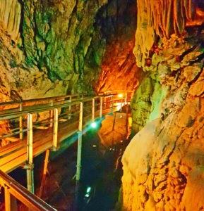 Пещера в Греции