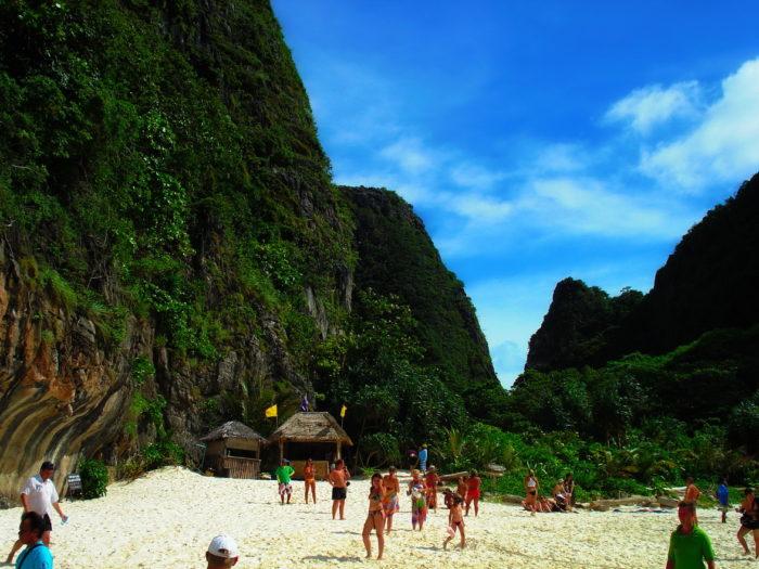 Пляж на острове Пхи Пхи фото