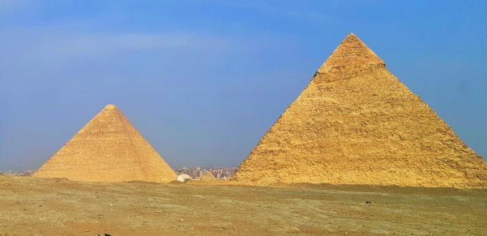 Пирамида Хеопса и пирамида Хефрена